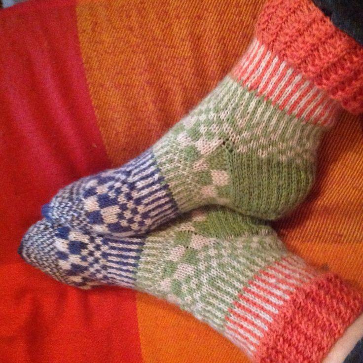 Summer Cottage Socks by Pirjo Salo / June 2016