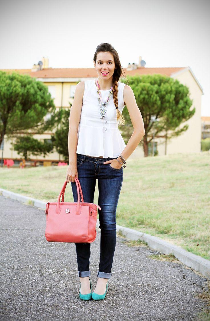 #fashion #fashionista Irene bianco jeans Irene's Closet - Fashion blogger outfit e streetstyle: Peplum for the last days of summer