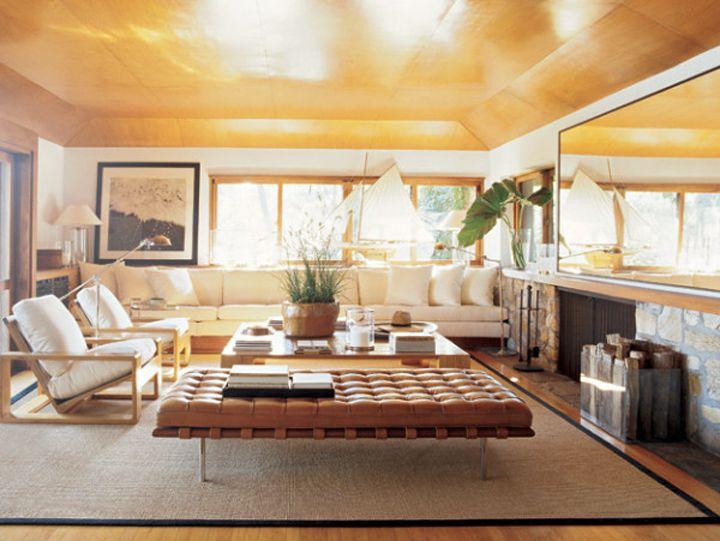 Living room | http://www.the-brick-house.com/2011/10/barcelona/