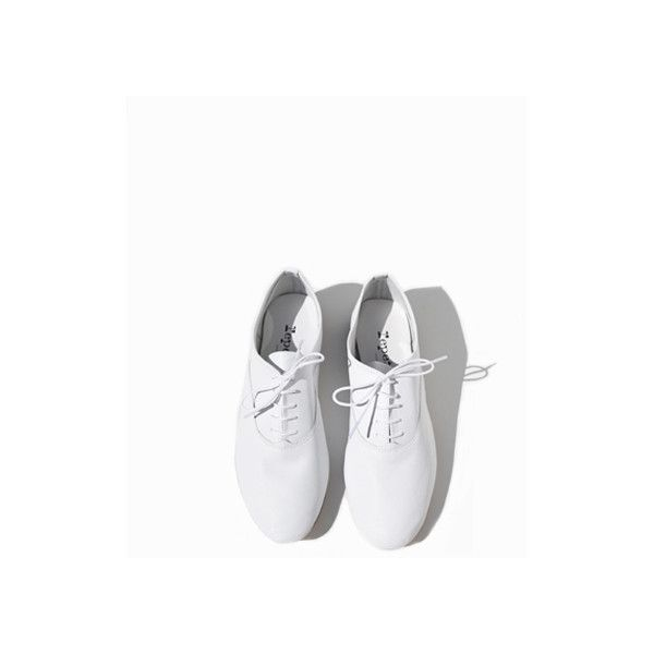 Repetto Zizi Oxford, White (£160) ❤ liked on Polyvore featuring shoes, oxfords, repetto shoes, repetto, oxford shoes, white oxford shoes and repetto oxfords