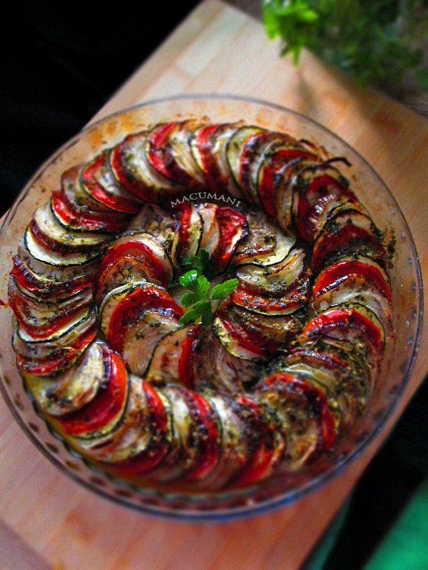 Ratatouille - berenjena, tomate, calabacin, cebolla, ASADO al horno