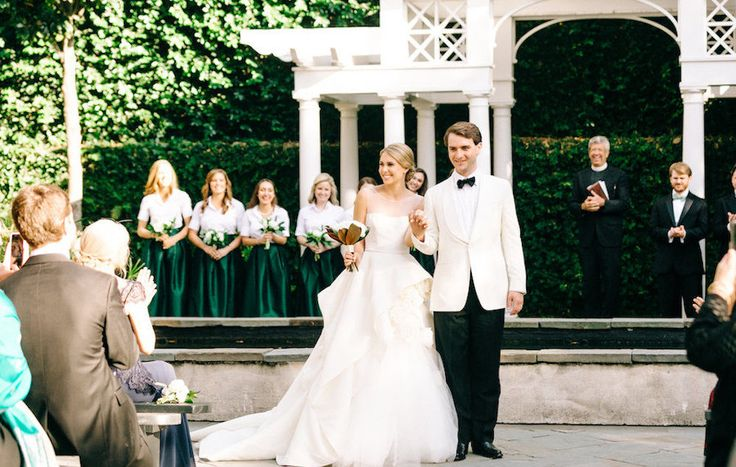 Shelby & Alex's Spring Wedding at the William Aiken House in Charleston, SC | Photo by Sara Bee Photography |