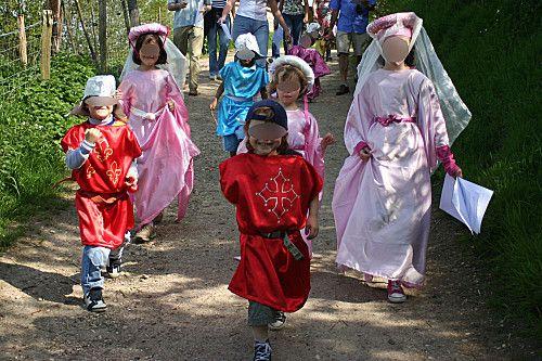 tuto express pour fabriquer des déguisements de chevaliers et princesses