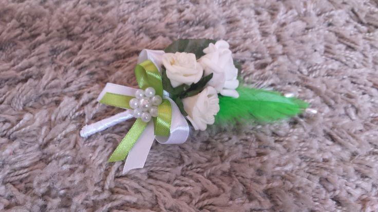 Svadobné pierko mini ružičky biela+zelená