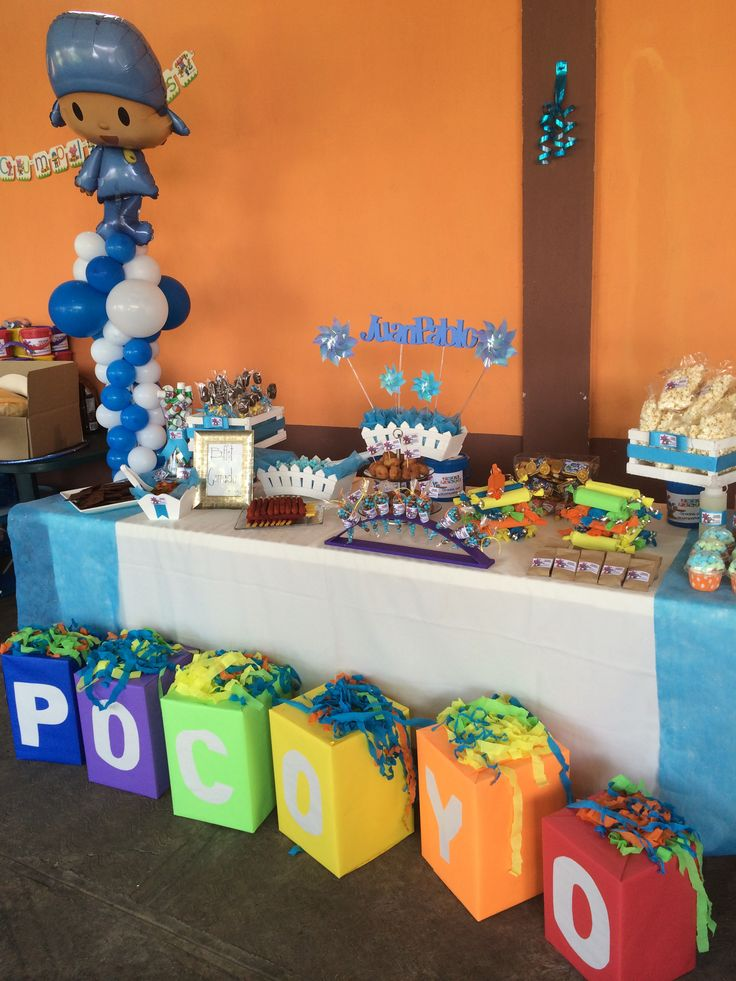 Pocoyo sweet table