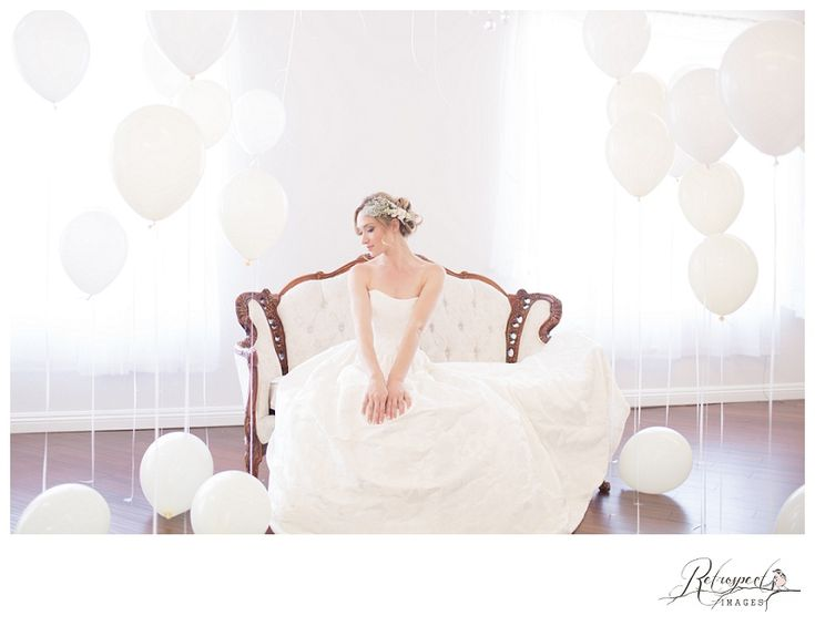 balloons bridal portrait wedding photography