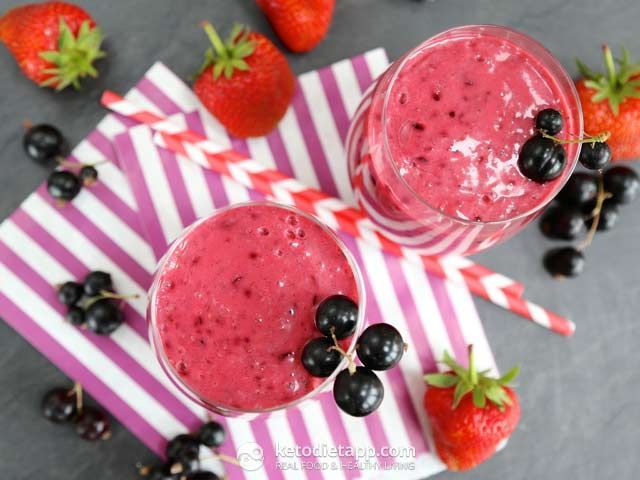 Summer Blackcurrant Smoothie (low-carb, paleo, keto, dairy-free, vegan)