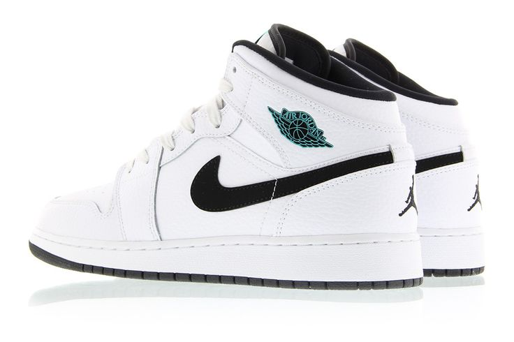 This new white Air Jordan colorway (style 554725-122) utilizes Hyper Jade to create a unique colorway made exclusively for the kids.