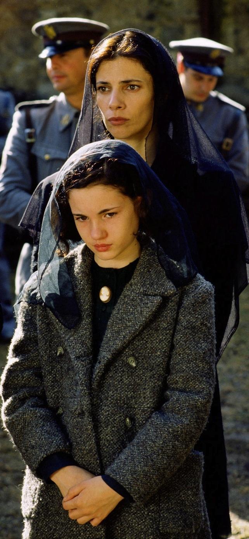 *Pan's Labyrinth (El laberinto del fauno) (2006) Ivana Baquero, Ariadna Gil…