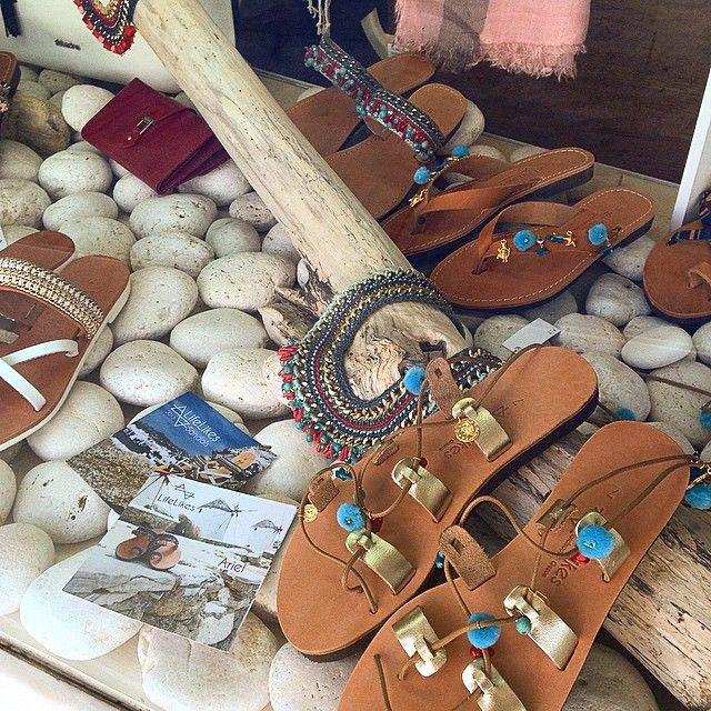 #summeraccessories #sandals #summerwindow #corals #Greece #greeksandals #leathersandals #mylifelikes #lifelikessandals #handmadeingreece