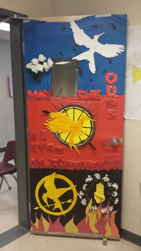 The Hunger Games Trilogy Door/Board Decoration