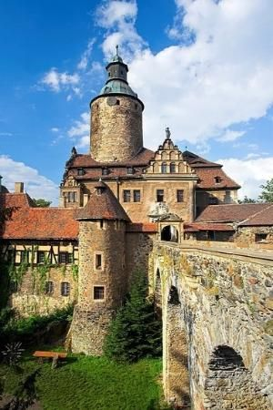 Castle in Czocha, Poland by tonia