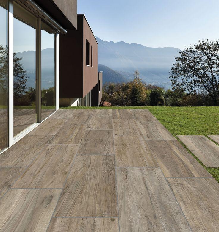 Le piastrelle per giardini, terrazzi, balconi e camminamenti sono realizzate per resistere all'esterno e inserirsi perfettamente nell'ambiente.