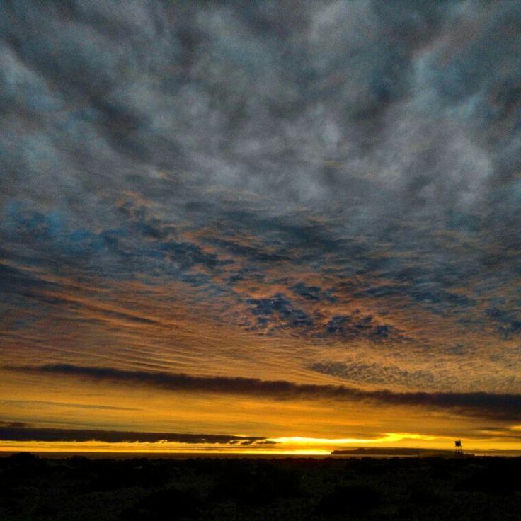 Montañas en las nubes Chañaral de Aceituno.III Región de Atacama. #nubes #clouds # cielo #sky #atardecer #ocaso #sunset  #naranjayazul #orangeandblue #mar #sea #montañas #mountains