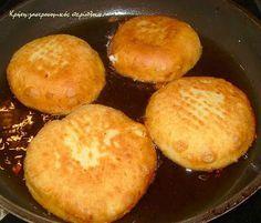 Εύκολες, νόστιμες, αφράτες τυρόπιτες τηγανιού – Κρήτη: Γαστρονομικός Περίπλους