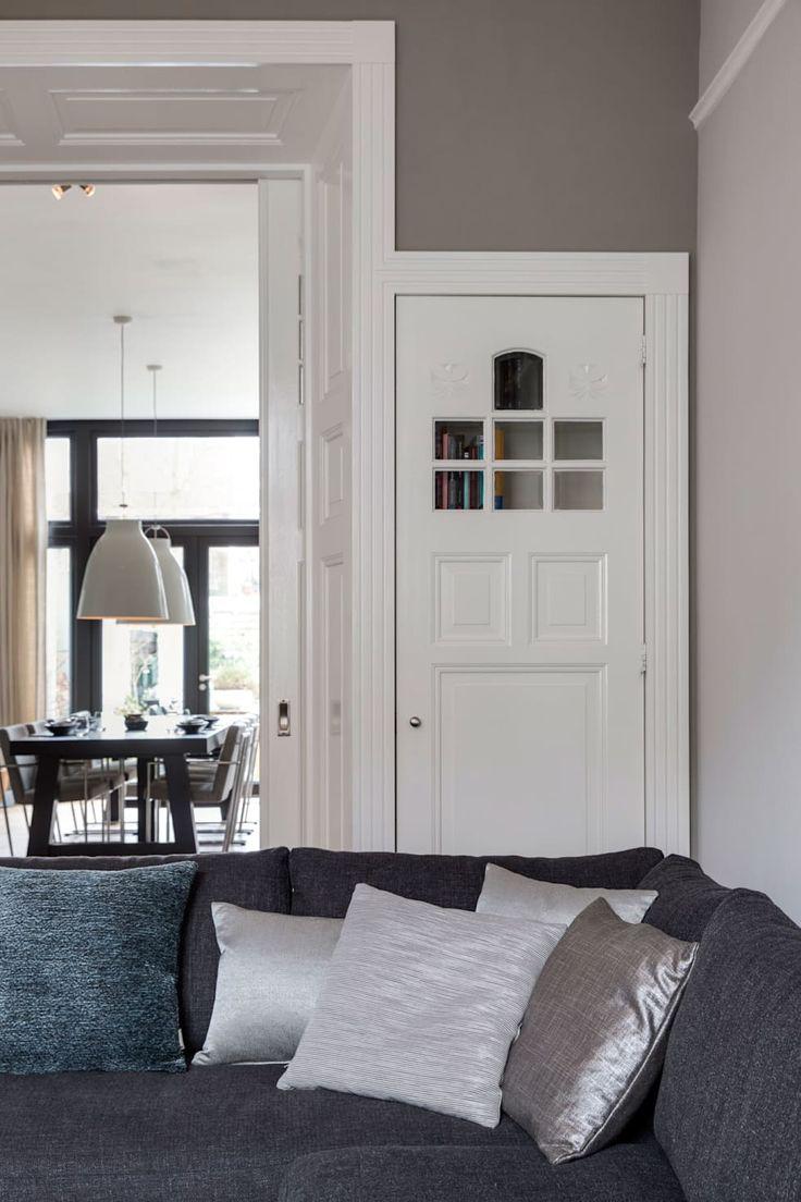 17 beste idee n over moderne woonkamers op pinterest huiskamer moderne inrichting en modern - Woonkamer en eetkamer ...
