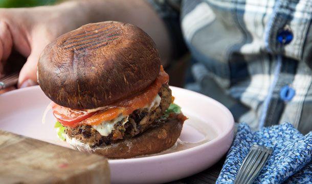Greasy Portobello Burger med Bønnebøf