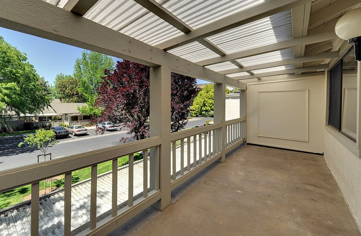 Balcony..5209 Cribari Hs, San Jose CA,95135  is a Condo of 1240 sqft on a lot size of 1,664 sqft (or 0.038 acres). This Condo  has 2 beds, 2 baths, and was built in 1971. This Condo is located in Evergreen, San Jose in Zip-Code 95135. Nakul Kapoor-Realtor Intero Real Estate Services provided Real Estate  Services in 95135.