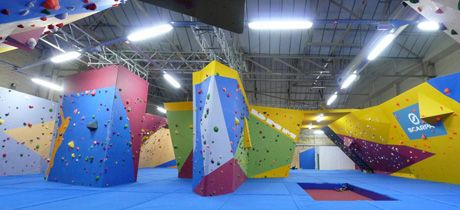 Anouther favourite with a bouldering wall is the Climbing Academy in Glasgow.
