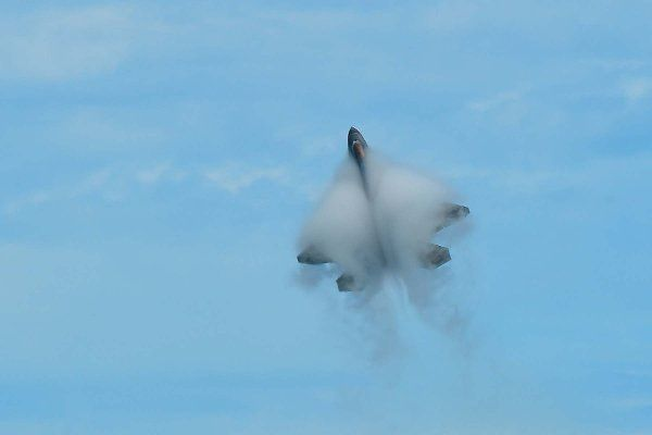 The U.S. Air Force F-22 Raptor Demonstration Team pilot performs during the OC Air Show at Ocean City, Md., June 17, 2017. (U.S. Air Force photo/Senior Airman Kimberly Nagle)