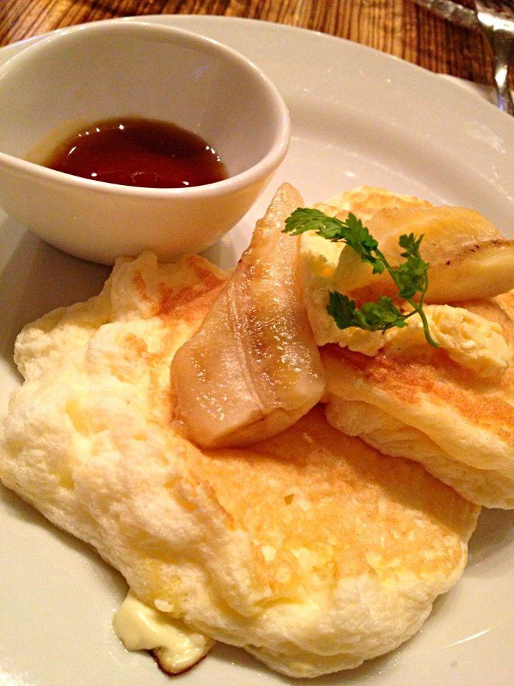 マスカルポーネチーズを使った、とろふわパンケーキ @ 銀座スコッチバンク