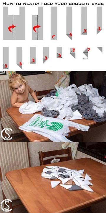 Having Home ไอเดียตกแต่งบ้าน space saving ideas  พับถุงพลาสติกสักนิด ช่วยประหยัดพื้นที่ในการจัดเก็บอีกเยอะเลย