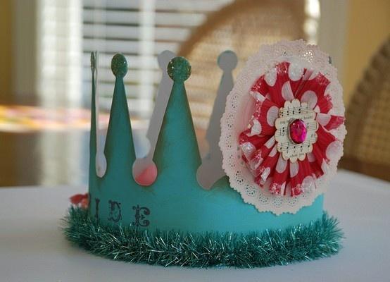 .Kids Parties, Happy Birthday, Parties Hats, Birthday Parties, Birthday Crowns, Parties Crowns, Parties Ideas, Birthday Queens, Birthday Ideas