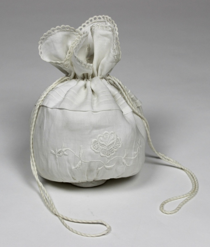 White cotton Regency reticule with whitework embroidery Early 19th Century