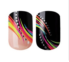 Sometimes sticking on your nail polish is easier than painting them! Re-pin and click here to WIN a Giveaway from Kiss Nails! http://womanfreebies.com/sweepstakes/kiss-nails-giveaway-2/?black  *Expires March 1, 2013*