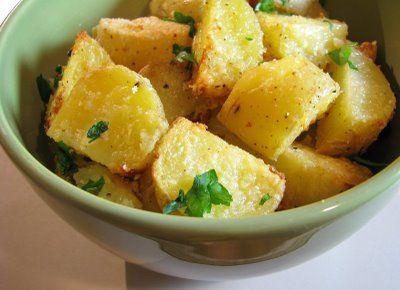 Parmesan Roasted PotatoesPotatoes Side Dishes, Olive Oil, Fun Recipe, Garlic, Dutch, Cooking, Yummy, Parmesan Roasted Potatoes, Yellow Potatoes