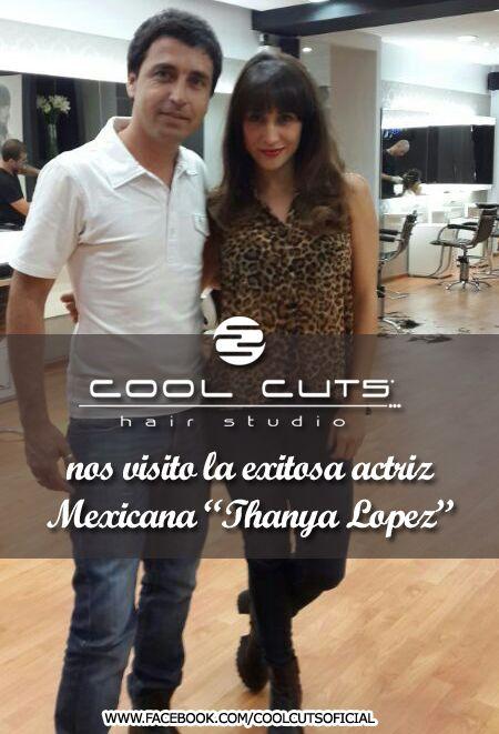 La exitosa actriz mexicana Thanya Lopez juanto a Alvaro de Cool Cuts Hair Studio.