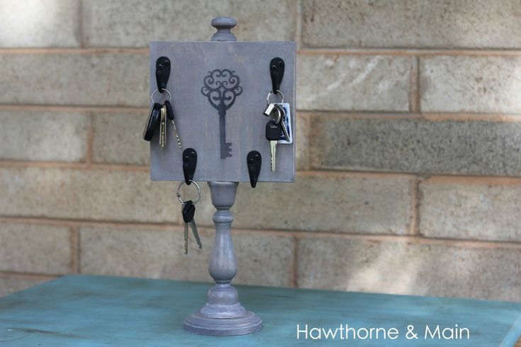 Hawthorne and Main: DIY Key Holder