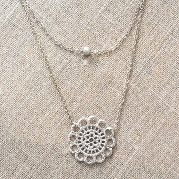 Double Layered Lace Necklace in Silver