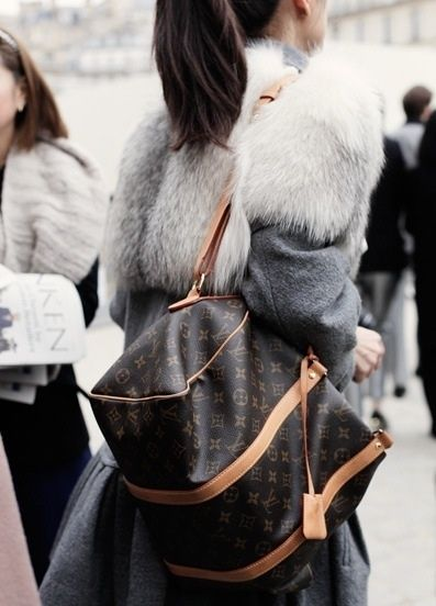 louis vuitton. keepall. monogram. classic. travel. luggage. My next travel bag
