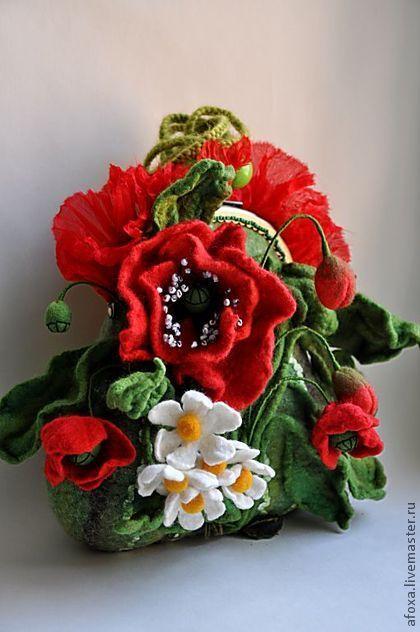 """Lugovushka"" - green, red, poppy, poppies, meadow flowers, art handbag"