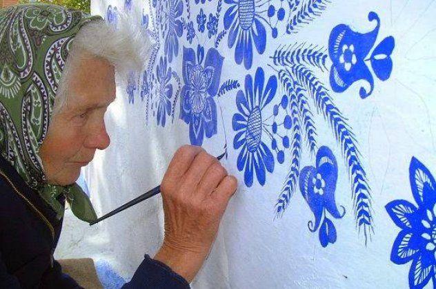 Top Woman η Agnes Kasparkova: Γιαγιά ετών 87 παρακαλώ ζωγράφισε & ομόρφυνε όλο το χωριό της | eirinika.gr
