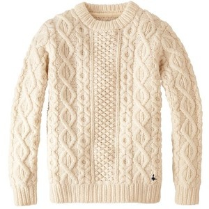 Jack Wills - Cable knit sweater. The combination of knitted and white is so cosy!