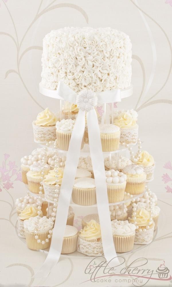 Ivory Ruffle Cupcake Tower #weddingcake #wedding #luxurywedding #martrimonio #boda #casamento #mariage #nuptials #bride #bridal #sposa #noiva #novia #groom #sposo #noivo #novio