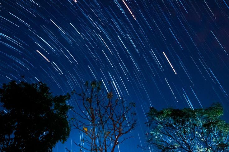 В декабре текущего года жители обоих полушарий Земли смогут наблюдать великолепное зрелище – метеоритный дождь «Геминиды»