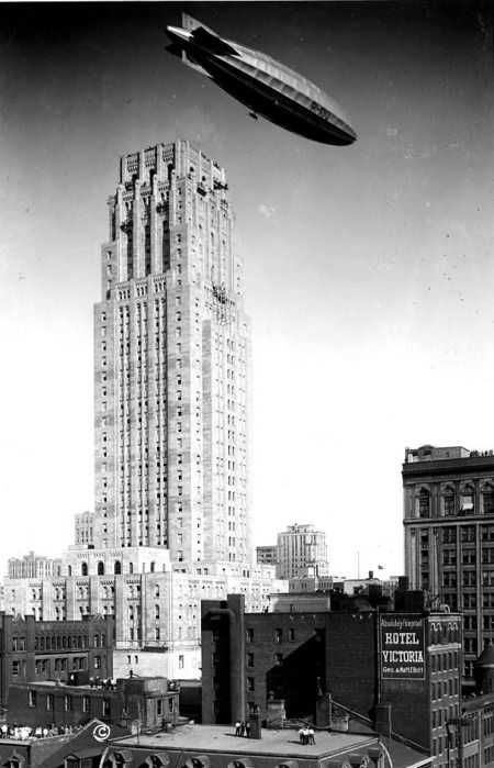 'His Majesty's Airship R-100', over the Canadian Bank of Commerce Building, Toronto on the morning of August 11, 1930.