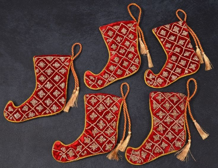 5 EXQUISITE Quilted BULLION EMBROIDERY Velvet CHRISTMAS STOCKING Ornaments