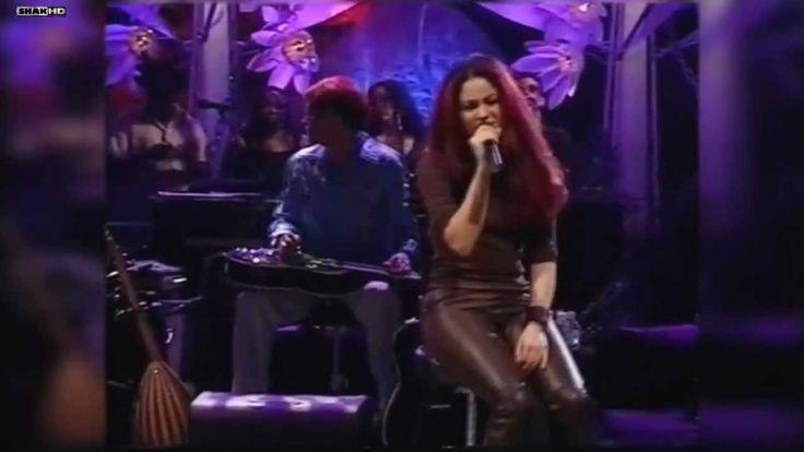 Shakira - Moscas en la Casa MTV Unplugged_HD - YouTube