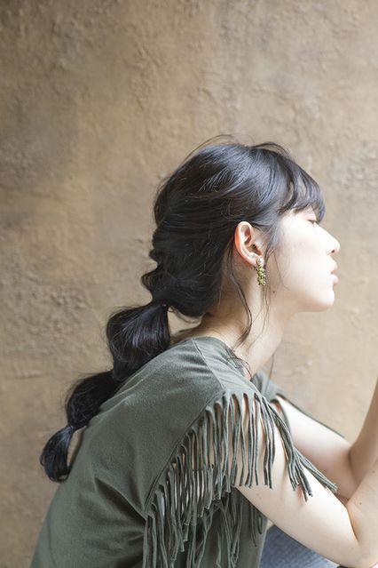【CALVARiアレンジ1】ねじって結ぶユニークアレンジ│ミディアム・ロング&アレンジ│SPUR.JP