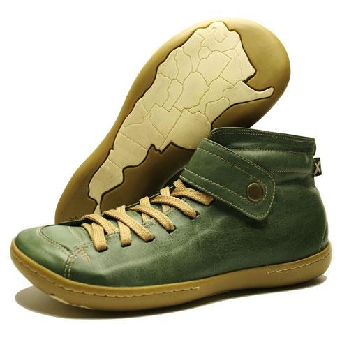 TRACK 12 olive  #aguapatagona #soles #leather #rubber #bones #marcapaisargentina #shoes #boots  #argentinadesign  #Girona #CostaRica #BuenosAires #SanTelmo #SANDALS