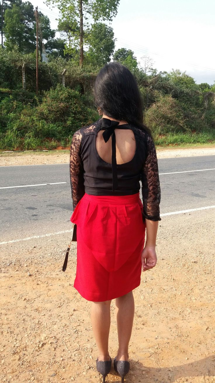 Black n red tunic skirt n lace top