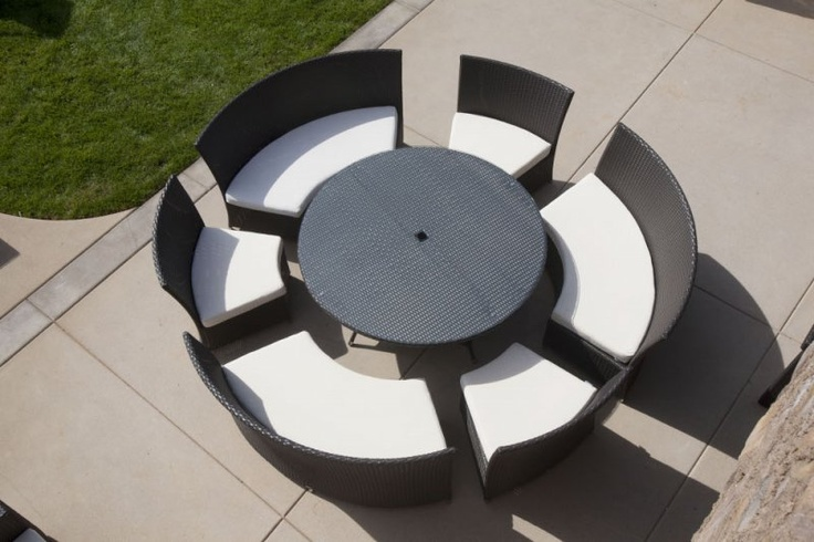 So cool, they all push together in a nice circle when your not using it! Rodondo Dining Set | Outdoor Sectional | Modern Outdoor Furniture | Babmar.com