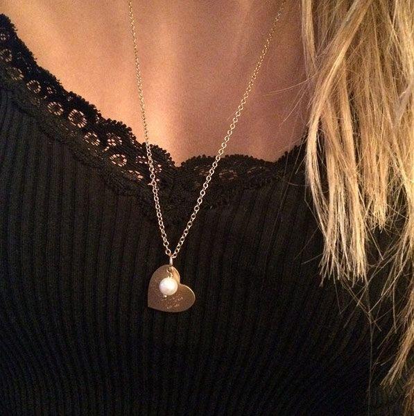 ID Love Tag, hjerte halskæde i guld inklusiv gravering og perle