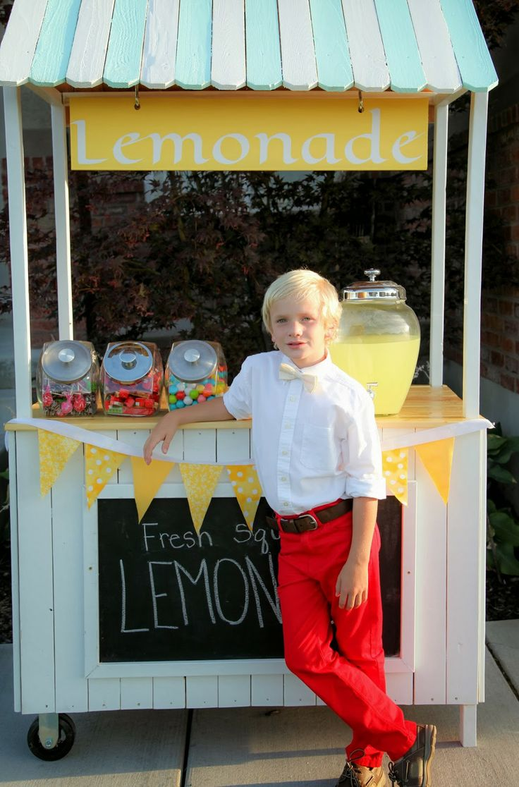 Lemonade Stand photoshoot