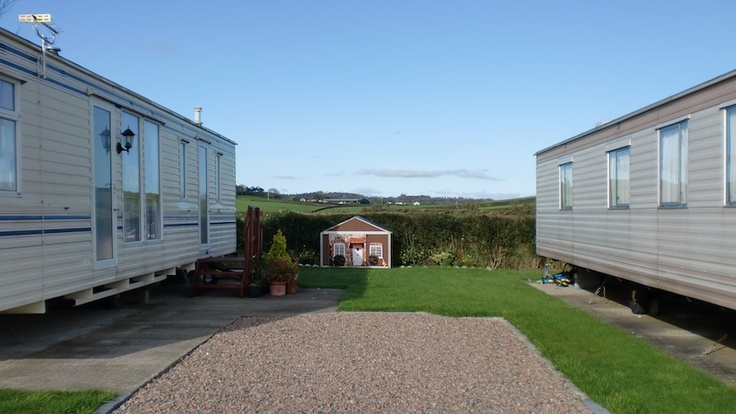 Wonderful CARAVAN FOR HIRE  SHERATON 6BERTH PET FRIENDLY GREAT HOLIDAY RENT