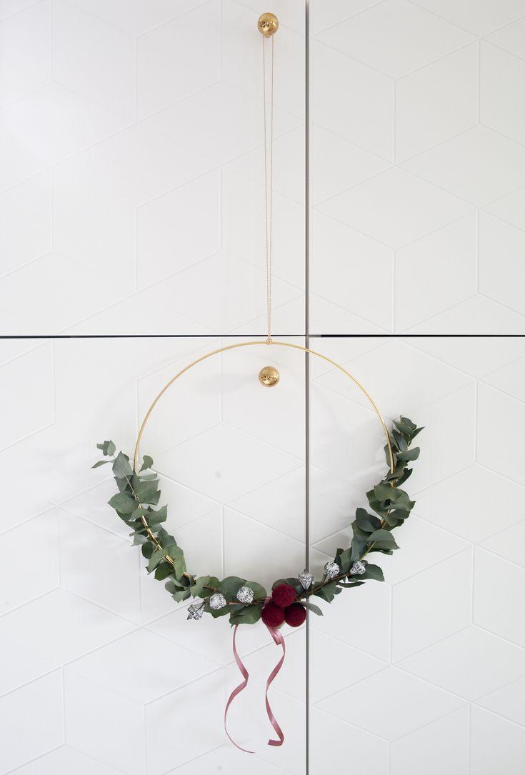 DIY julekrans med eucalyptus / DIY christmas wreath with eucalyptus - from Kreativ-i-tetblog.com